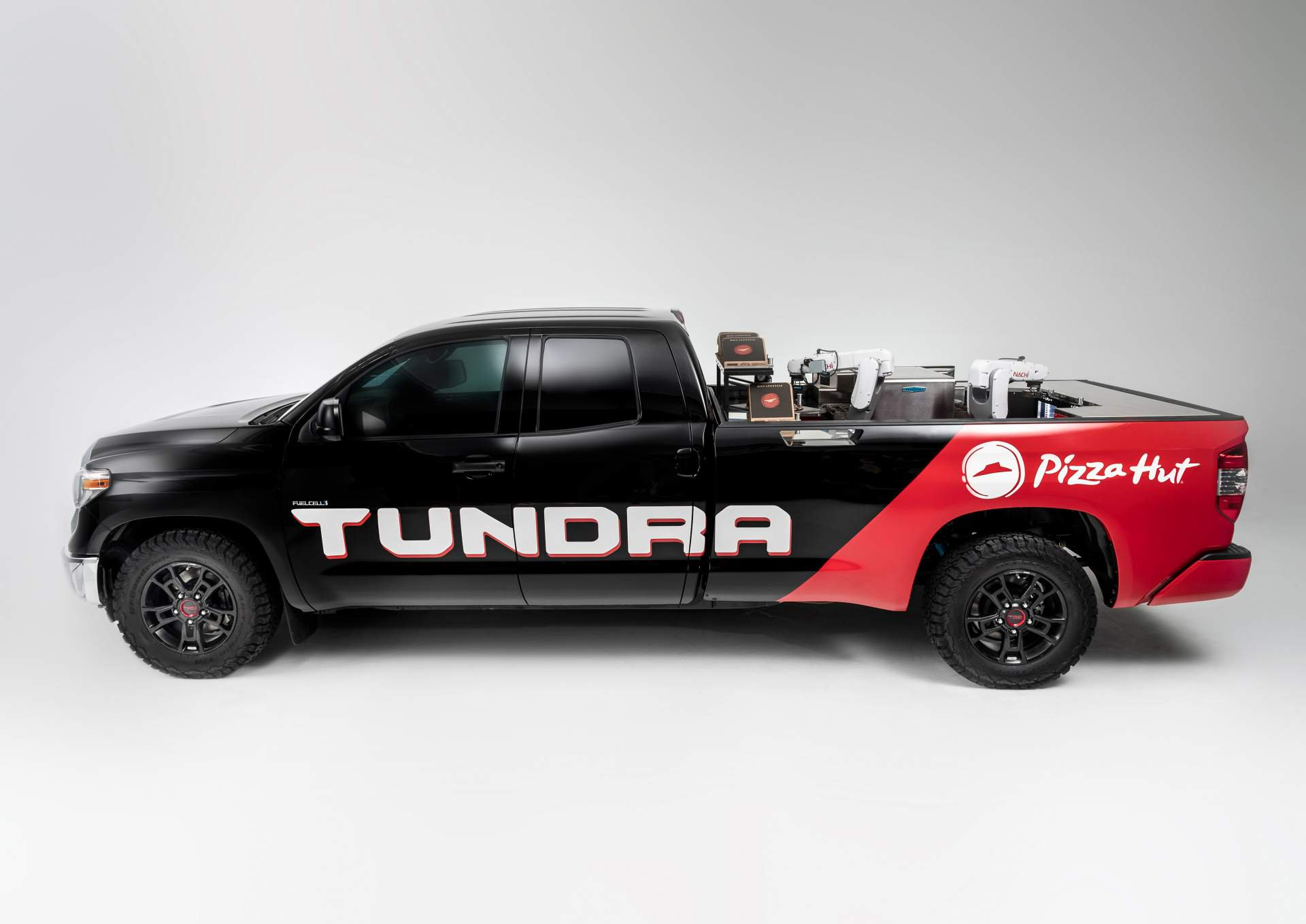 a2b58893-toyota-pie-pro-tundra-hydrogen-fuel-cell-concept-1