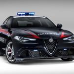 Giulia az olasz csendőröknek