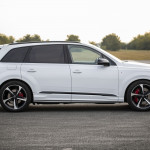 audi-electrifies-q7-with-two-phev-models-the-55-tfsie-and-60-tfsie_15