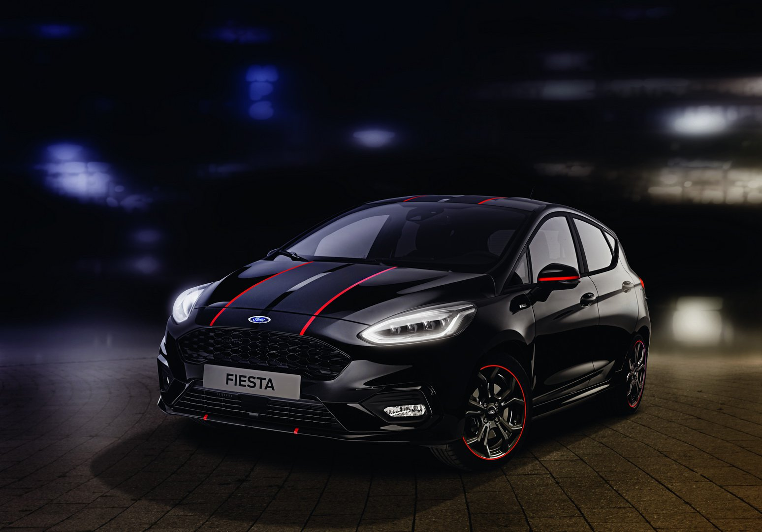 b3ac2e74-2019-ford-fiesta-st-line-red-black-edition-2