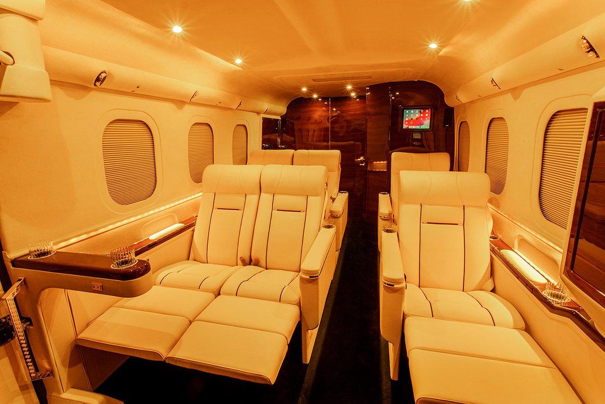 bfc93744-lexani-g-77-sky-master-based-on-ford-f-550-2