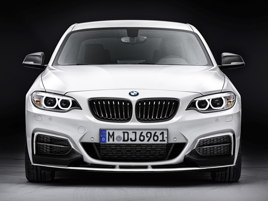 bmw_m235i_coupe_m_performance_accessories_3