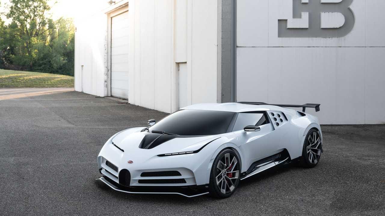 Ronaldo mégis vett egy Bugattit. Csak nem azt.