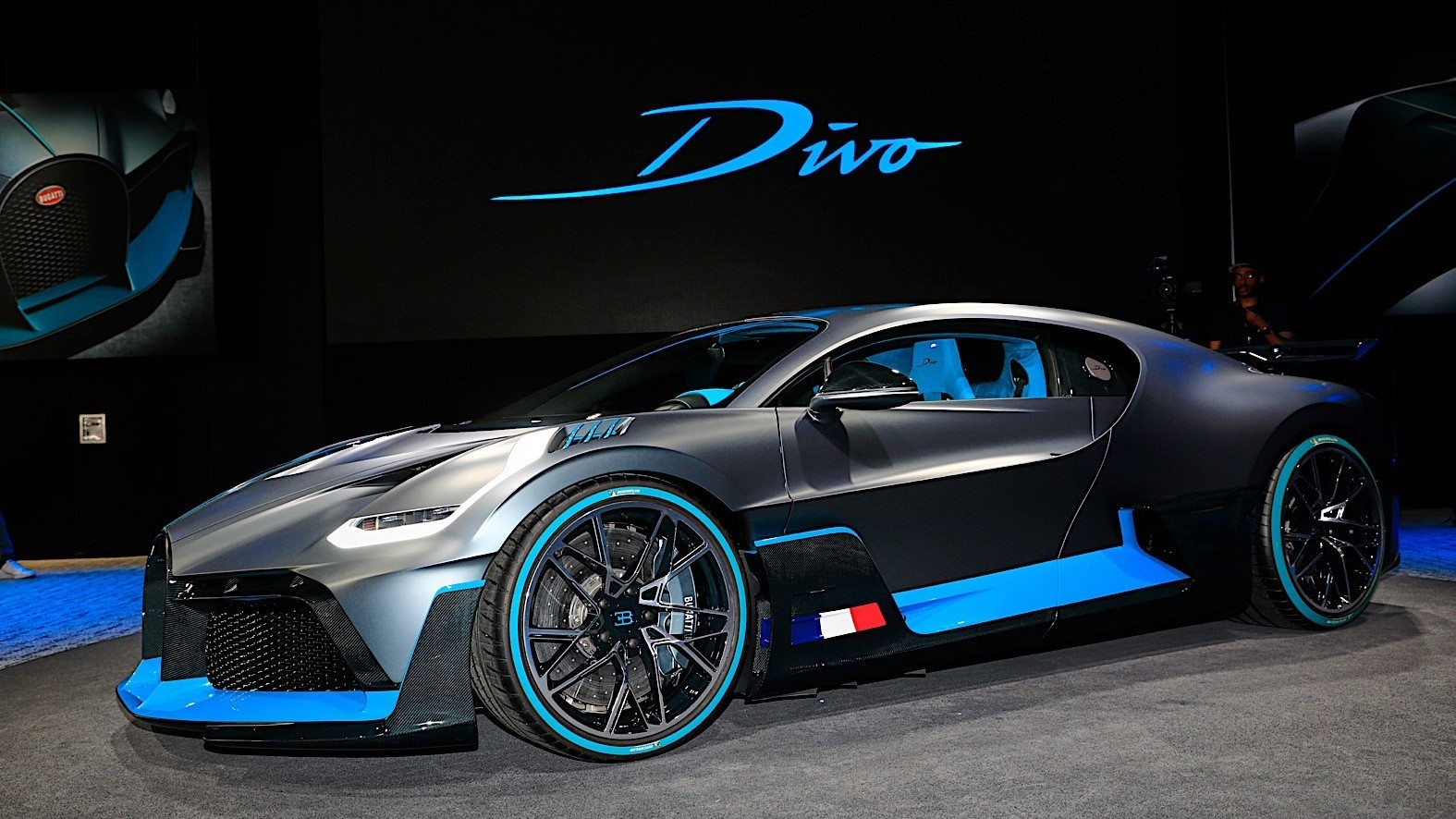 bugatti-divo-cuts-no-corners-at-the-paris-motor-show_36