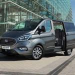 d2052a92-2019-ford-tourneo-custom-phev-2