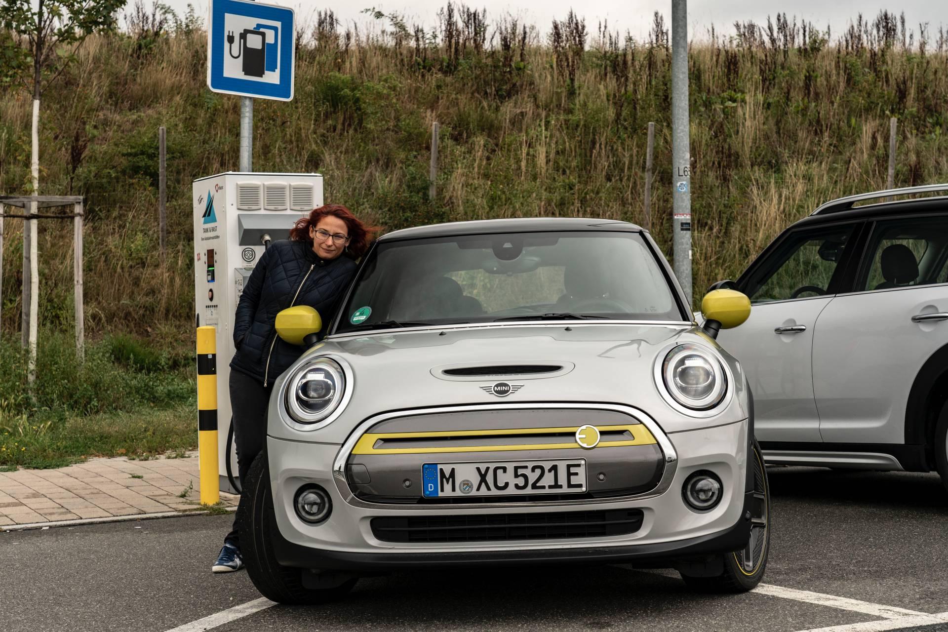dc9ae539-2020-mini-cooper-se-drive-from-munich-to-frankfurt-6