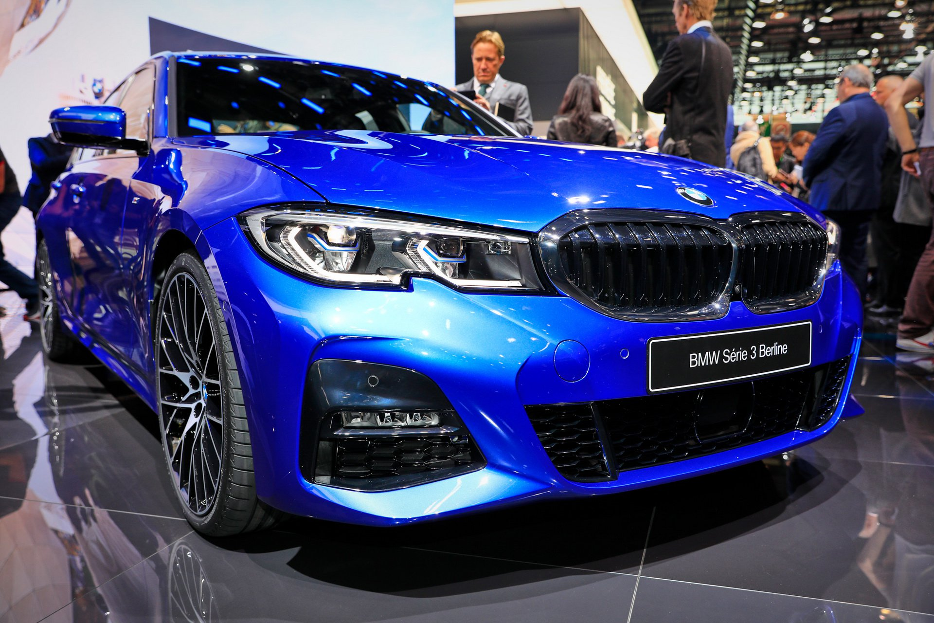 f4463560-2019-bmw-3-series-unveiled-paris-165