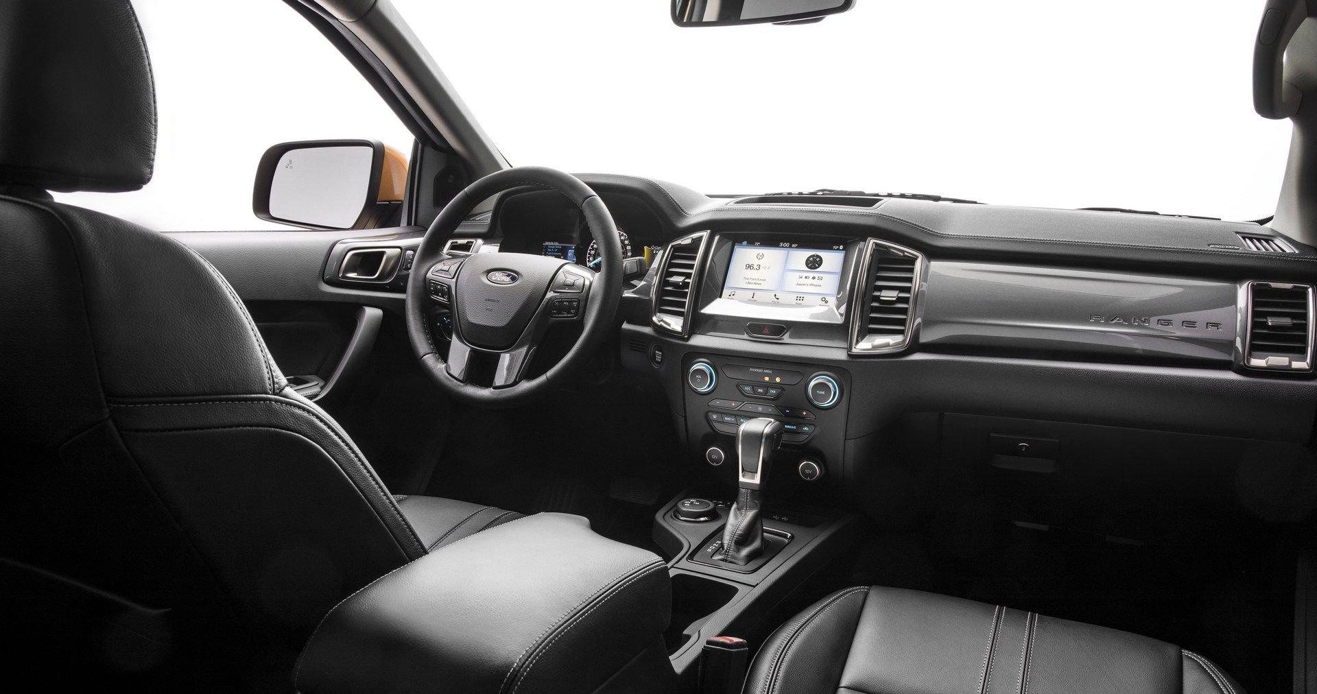 fdd5aaf6-ford-new-car-smell-1