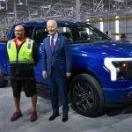 Fordul a kocka, a Ford 2023-tól többet költ az elektromos fejlesztésekre, mint a belső égésűekre