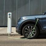 Több elektromos modell is érkezik a Ford palettájára