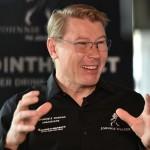 Mika Hakkinen újra McLarennel versenyzik