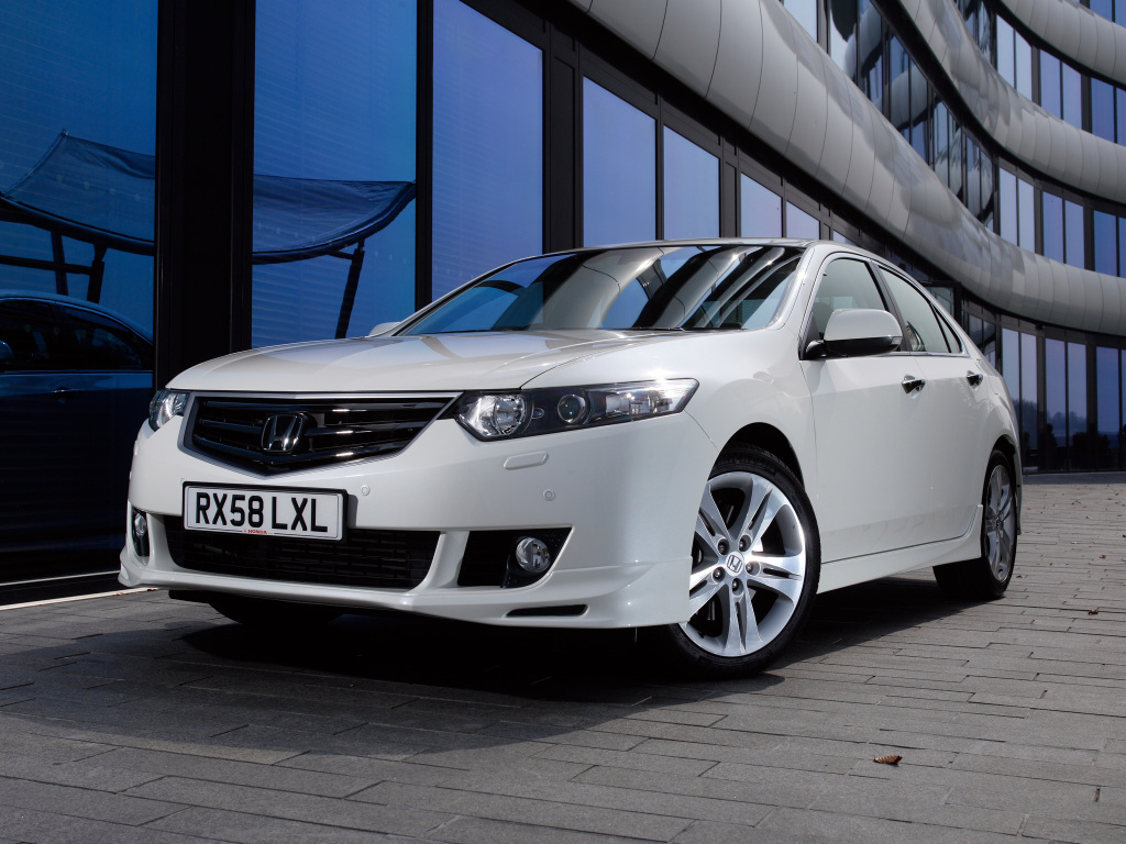honda_accord_type-s_sedan_uk-spec_1
