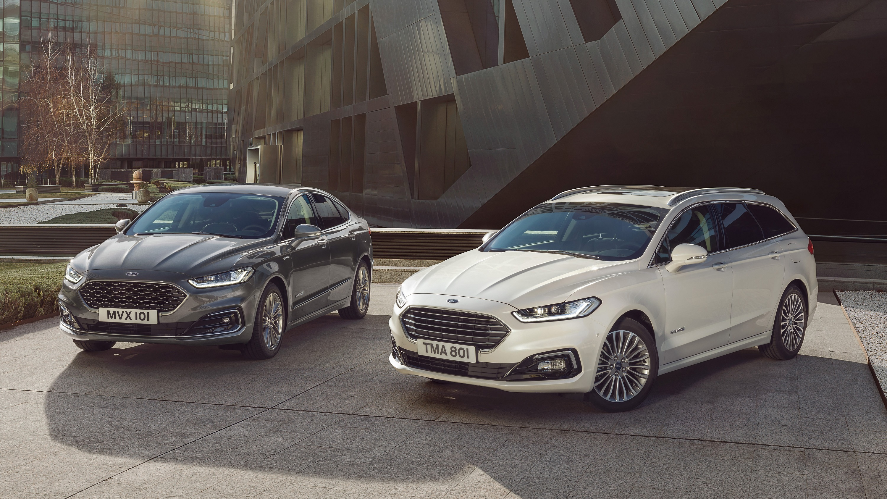 its-facelift-time-2019-ford-mondeo-adds-hybrid-wagon-model-131729_1