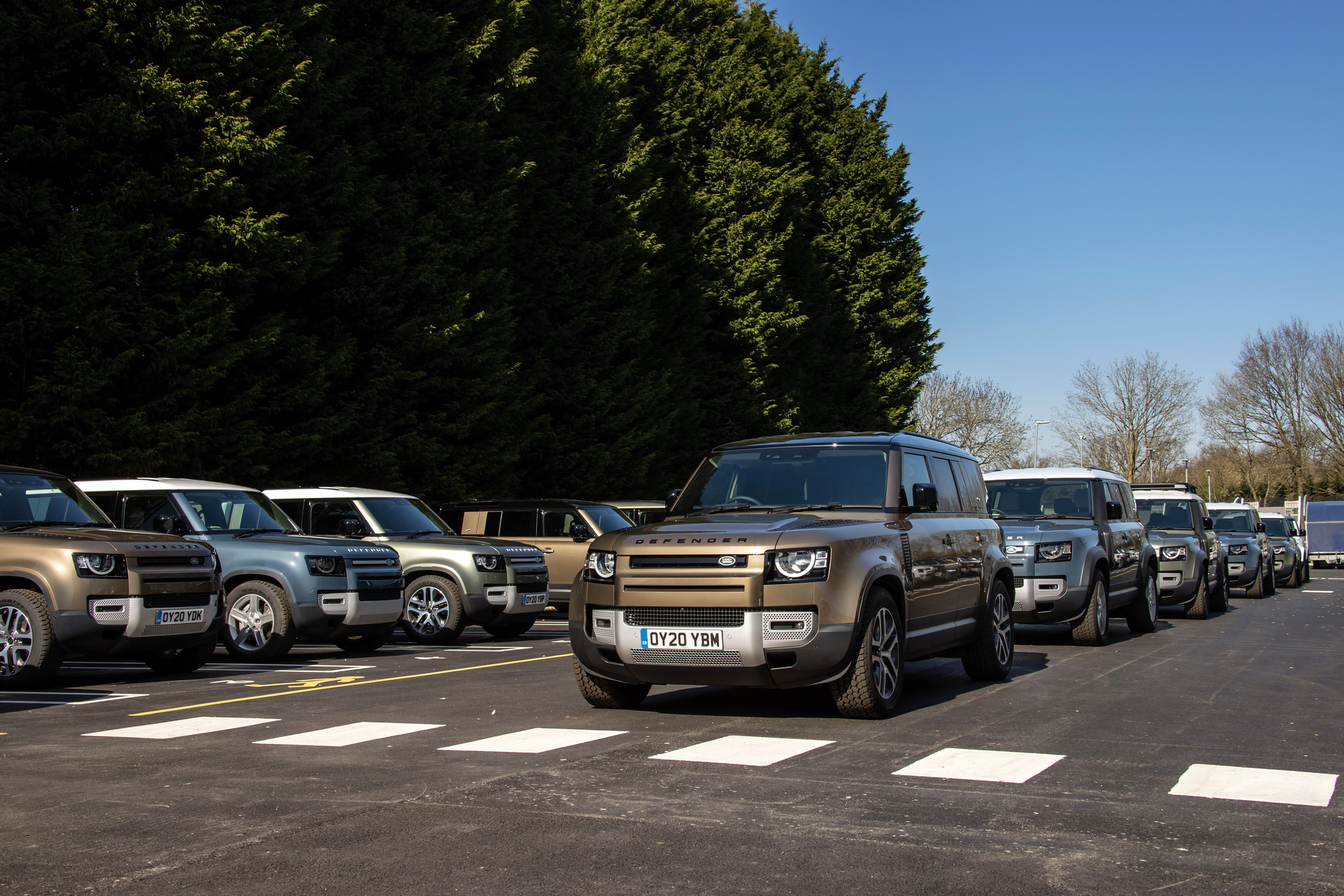 jlr-deploys-cars-to-fight-pandemic-35
