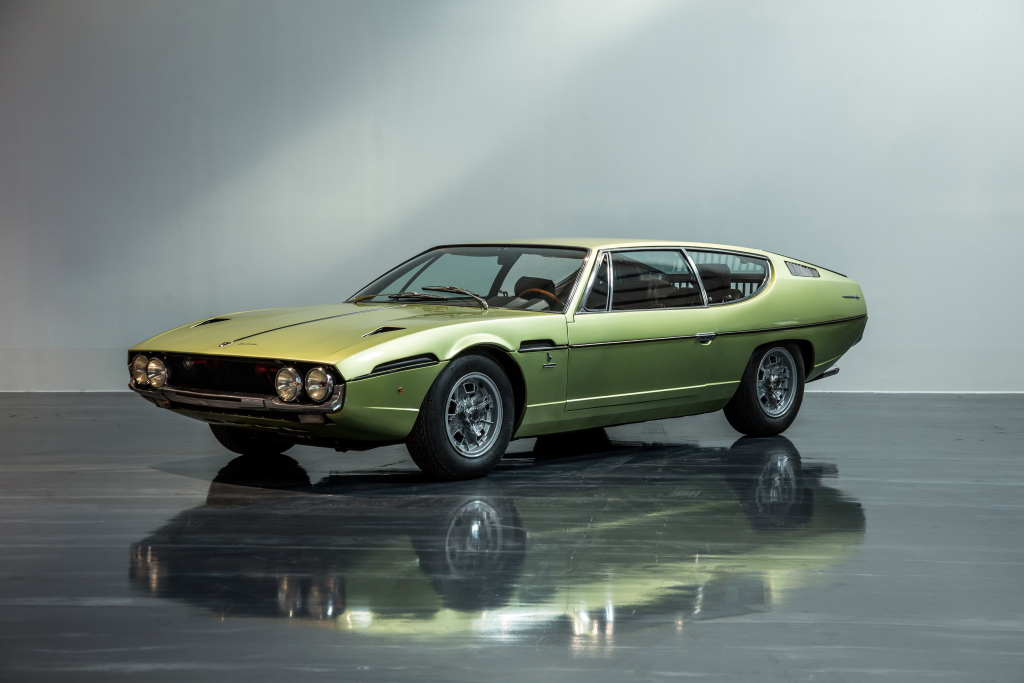 lamborghini-ceo-looking-forward-to-fourth-model-130255_1