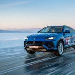 A Lamborghini Urus a jégbe fagyott Bajkál-tó leggyorsabbja