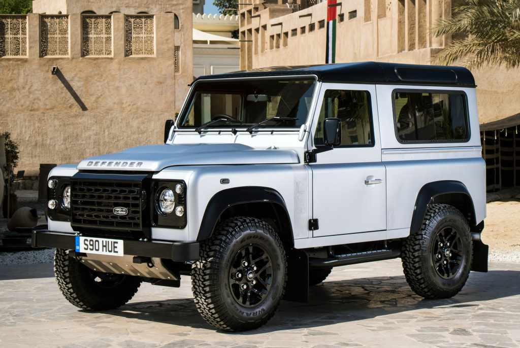 land_rover_defender_90_2_000_000th_12