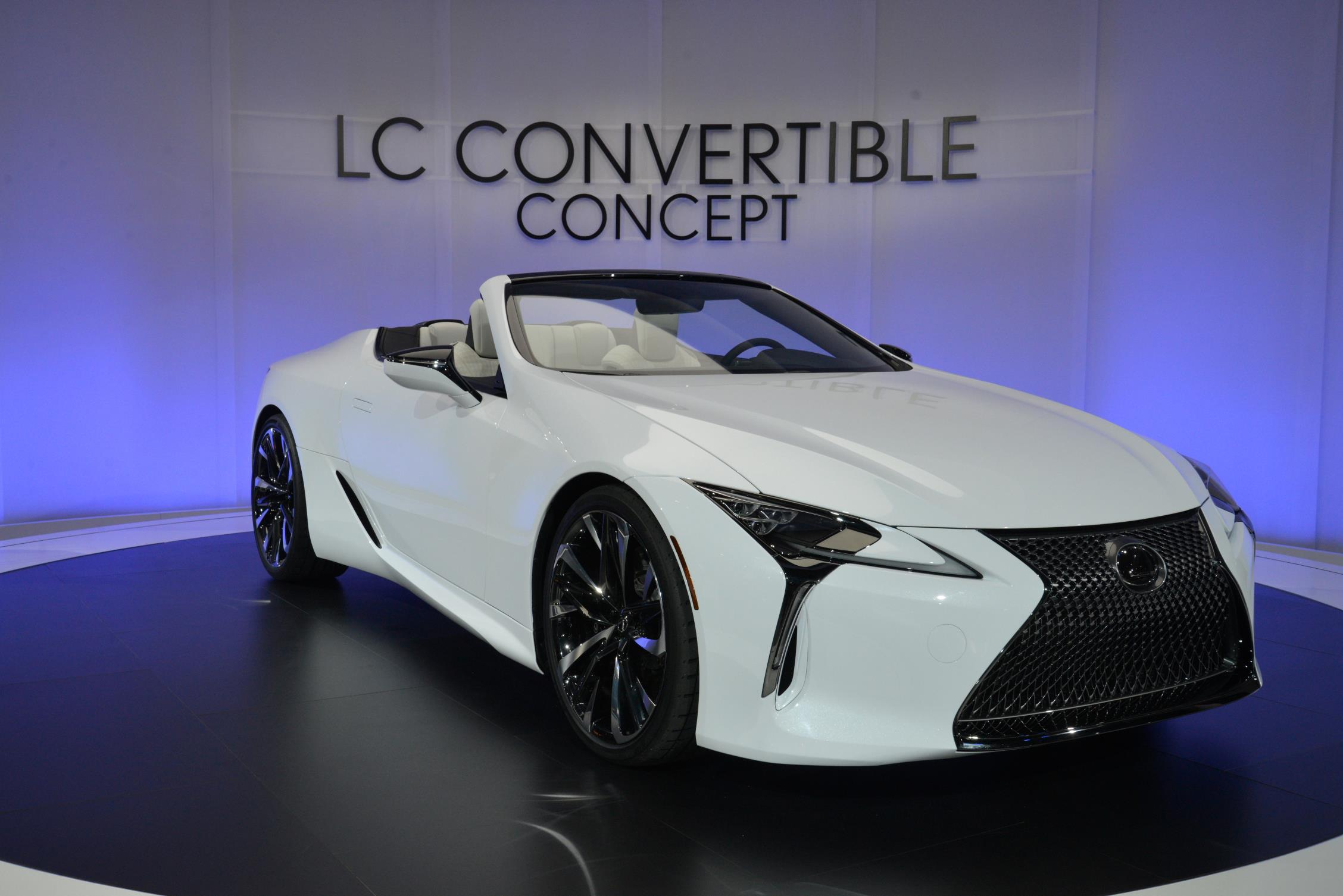 lexus-lc-convertible-takes-top-down-to-look-sexier-in-detroit_5