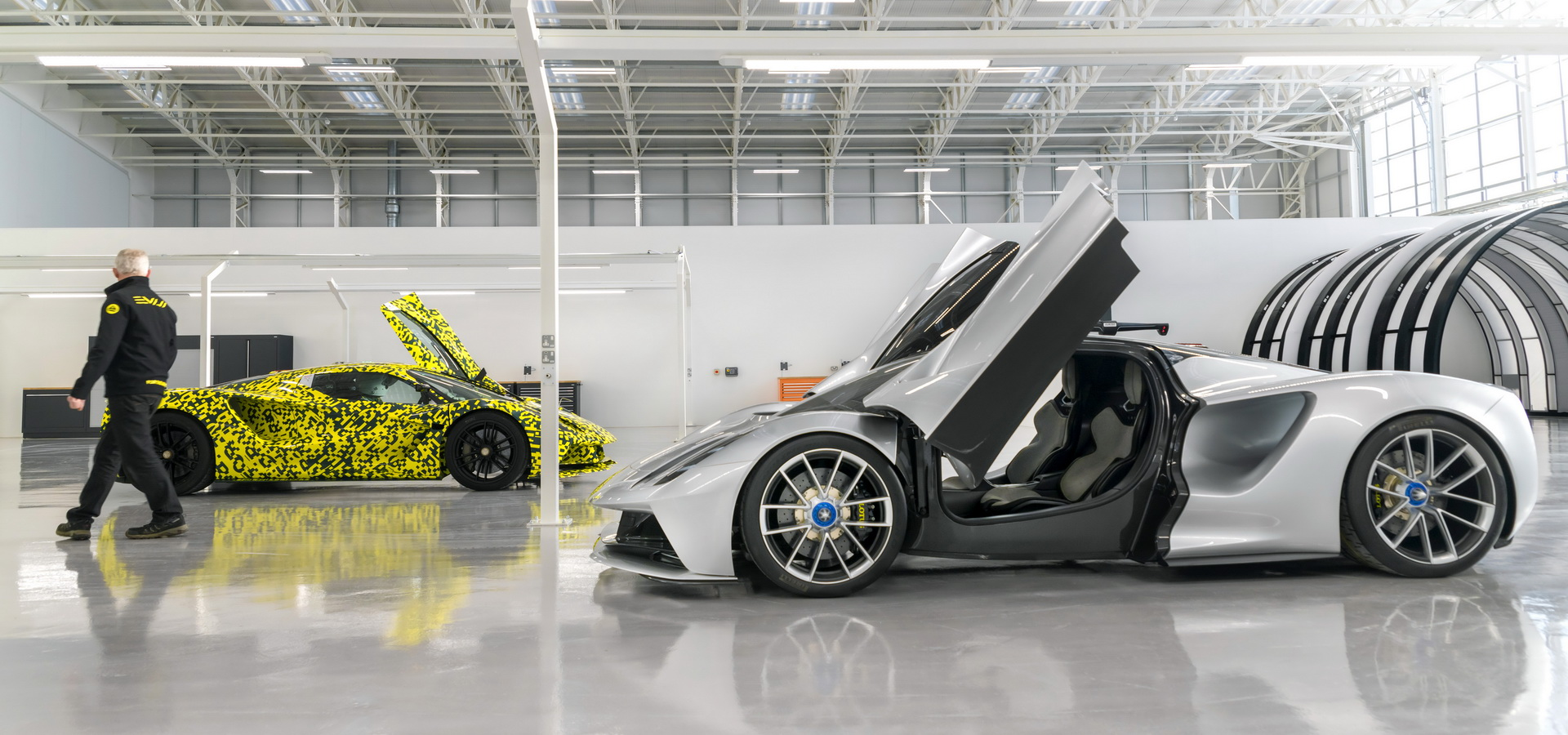 lotus-evija-production-comes-alive-9