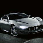 Mégsem lesz a mostaninál kisebb négyajtós Maserati