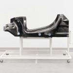 Hibrideknek szánt padlólemezt mutatott be a McLaren