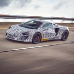 Már tesztelik a McLaren első konnektoros-hibrid sportkocsiját