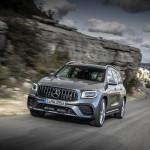 A Mercedes továbbra is uralja a prémium autók szegmensét