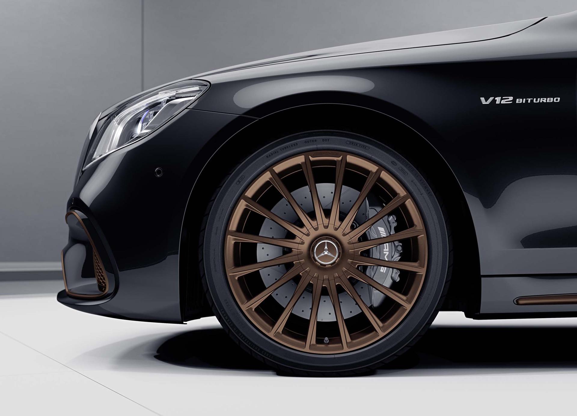 Viszlát V12-es Mercedes!