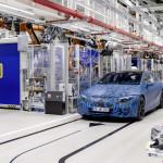 Kész belekezdeni az elektromos EQ modellcsalád gyártásába a Mercedes