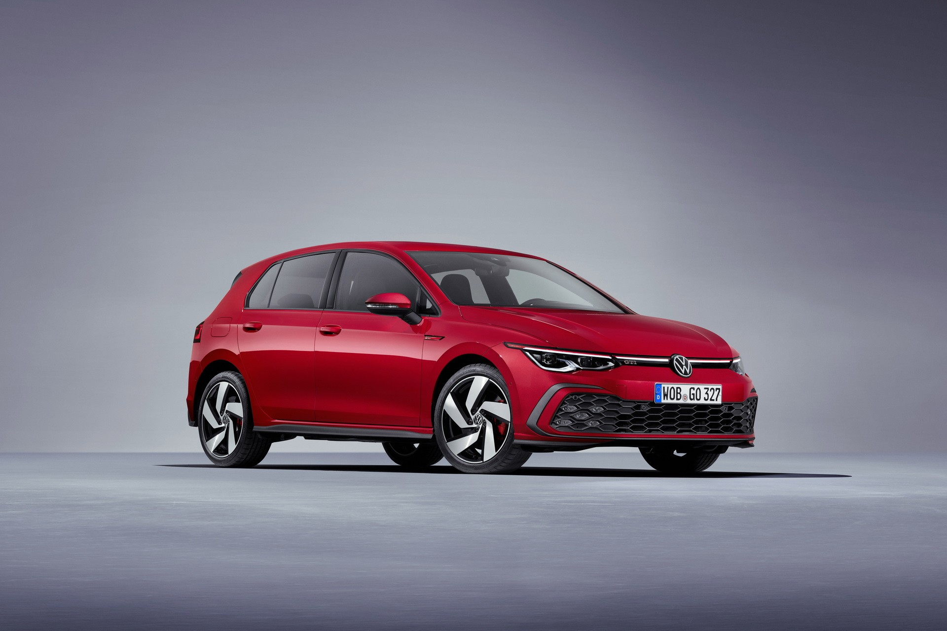 new-volkswagen-golf-mk-8-deliveries-stopped-over-ecall-software-issue_3