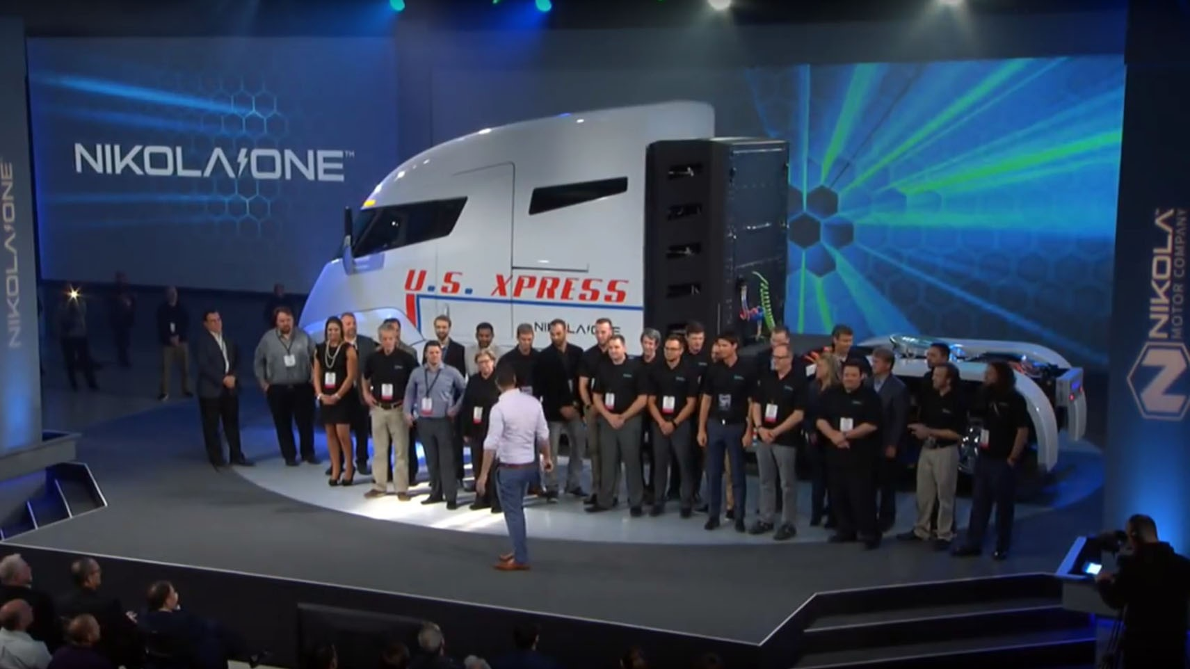 nikola-motor-unveils-the-nikola-one-truck-insists-it-s-on-course-to-deliver_2