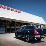 nissan-updates-navara-for-2020-now-comes-with-twin-turbo-diesel-as-standard_6