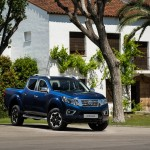nissan-updates-navara-for-2020-now-comes-with-twin-turbo-diesel-as-standard_7