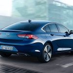 opel-previews-the-new-insignia-now-with-rearview-camera_5
