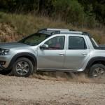Komoly fejlesztésbe kezd a Dacia, jöhetnek az új Duster variánsok