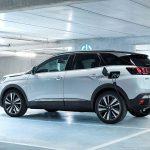 Négy év múlva már minden Peugeot elérhető lesz valamilyen szintű villanyosítással