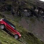 Stig egy sípályán száguldott le a Range Rover Sporttal