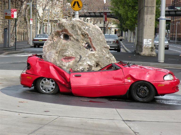 sydney-smashed-the-car