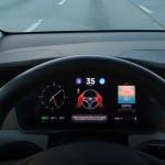 tesla-autopilot-stop-light-detection-image