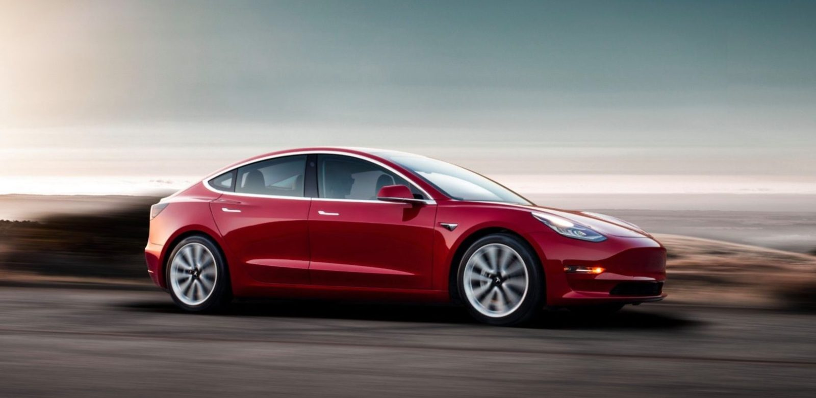 tesla-model-3-dual-motor-awd-performance-dojazd