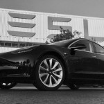 Elkészült az első Tesla Model 3-as
