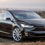 A német hatóságok szerint is baj van a Tesla Model X korai példányaival