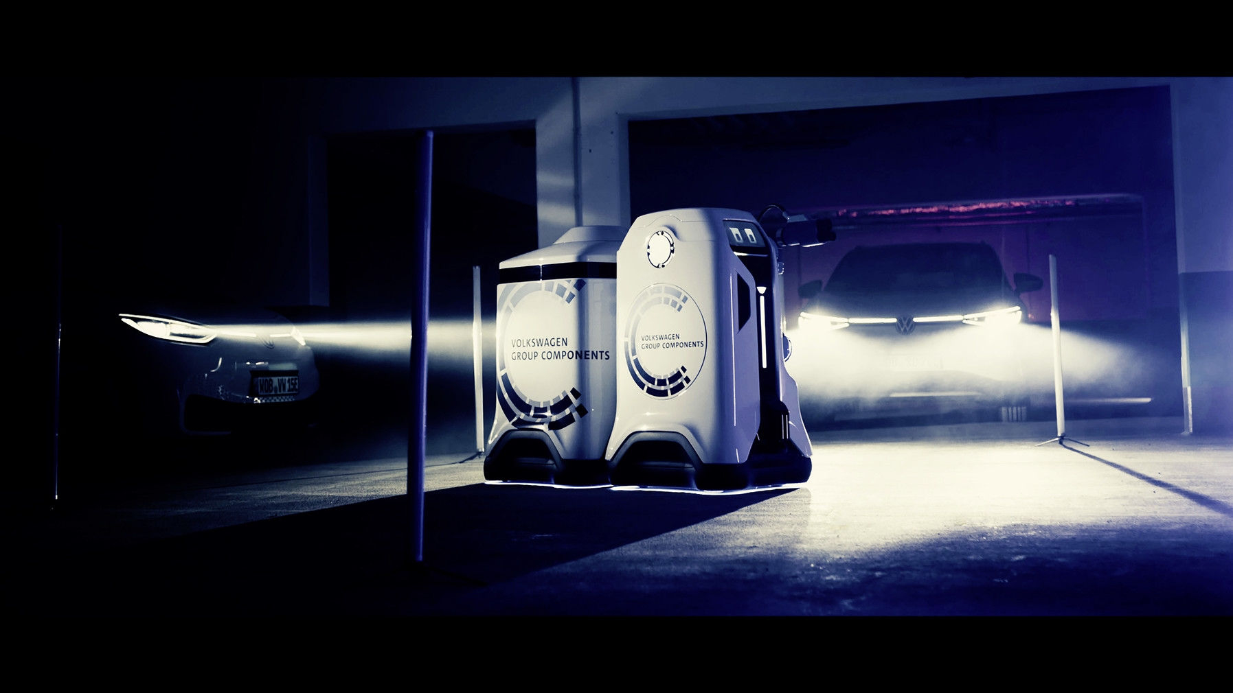 vw-previews-mobile-charging-robot-2