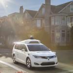 Kisbuszból épít önvezető autót a Google