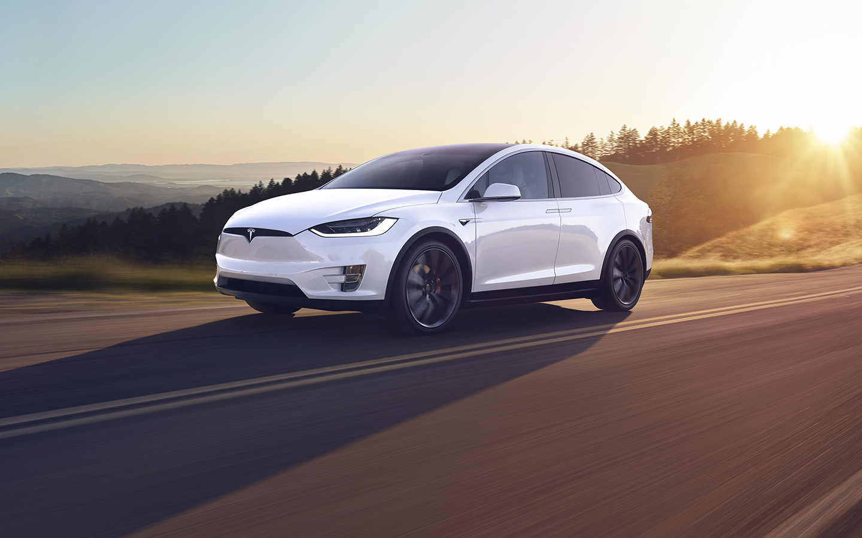 Tesla Model X elektromos
