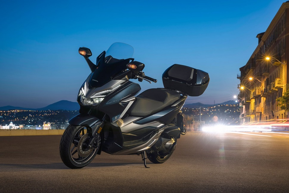Honda NSS300 Forza ABS dobozzal 2020
