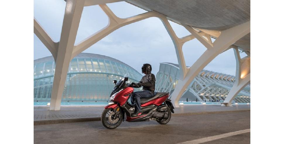 Honda NSS125 Forza ABS dobozzal 2021